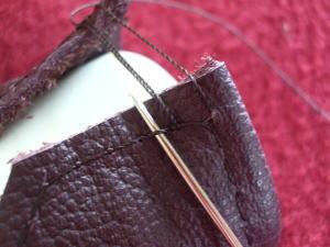 縫い付けるのは意外に簡単